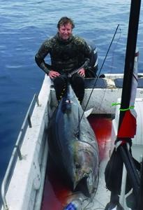 diver and tuna